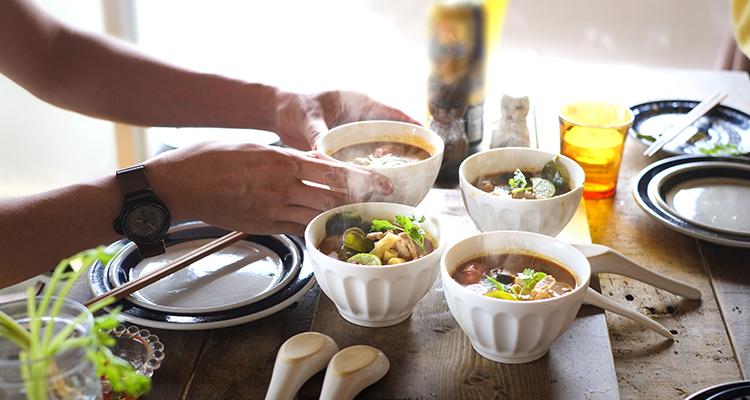 これ一品でもお腹がいっぱいに!「世界のスープ」